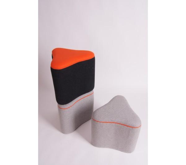 BLOKFORM - Pufka czarna mała